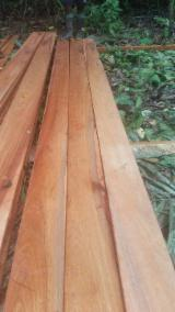 Laubholz  Blockware, Unbesäumtes Holz Zu Verkaufen - Einseitig Besäumte Bretter, Teak
