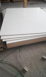 Vente En Gros De Panneaux - Voir Les Offres En Panneaux Bois - Vend MFC (Panneaux De Particules Mélaminés) 10; 16; 18 mm Poncé