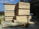 Hardwood  Sawn Timber - Lumber - Planed Timber USA - Poplar KD Boards 4/4