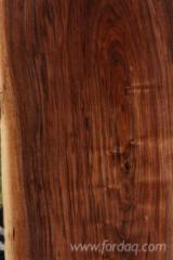Schnittholz Und Leimholz Asien - Blockware, Walnuss