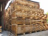Drewno Liściaste  Drewno Okrągłe – Tarcica Blokowa – Tarcica Nieobrzynana Na Sprzedaż - Tarcica Nieobrzynana - Deska Tartaczna, Dąb, PEFC/FFC