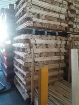 Mânere Scule Și Unelte Romania - Vând cozi de maturi din lemn aduse din italia