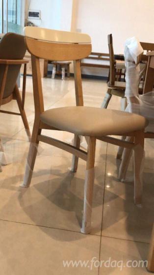 vend ensemble table et chaises pour salle manger contemporain feuillus asiatiques hevea. Black Bedroom Furniture Sets. Home Design Ideas
