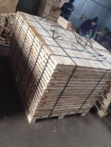 Hardwood  Sawn Timber - Lumber - Planed Timber - Oak Planks 30 mm Fresh