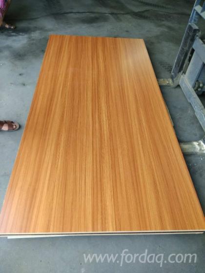 Melamine-Laminated-Aspen-Plywood-for