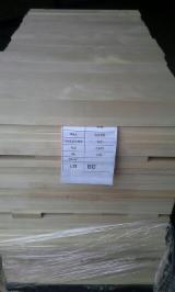 Laubschnittholz, Besäumtes Holz, Hobelware  - Bretter, Dielen, Birke