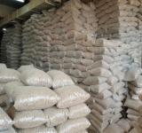 Macaristan - Fordaq Online pazar - Pellet – Briket – Mangal Kömürü Ahşap Peletler Göknar , Çam  - Redwood, Ladin  - Whitewood