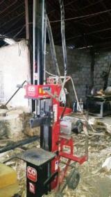 Cele mai noi oferte pentru produse din lemn - Fordaq - Spargator si container ambalat lemn de foc
