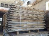 Wood Pallets - New Pine / Spruce Pallet Racks
