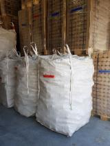 供应 法国 - 木颗粒-木砖-木炭 木砖 红松, 云杉-白色木材