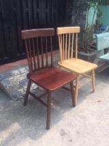 起居室家具 轉讓 - 椅子, 现代, 1 - 20 件 点数 - 一次