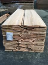 Sliced Veneer  - Fordaq Online market - Red Oak Natural Veneer, 0.55 mm thick