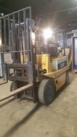 Woodworking Machinery - Used TCM Forklift For Sale Romania