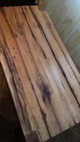 Măsuţe - masa cafea din stejar foarte vechi