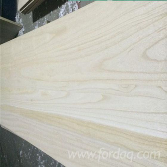 A-Grade-Glued-Paulownia-Board-Kiln