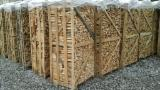 Find best timber supplies on Fordaq - LAZAROI COMPANY SRL - Beech Firewood Cleaved 3-5 cm