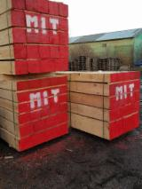 Asia Sawn Timber - Pine Timber 15-20-25-30-35-40 mm