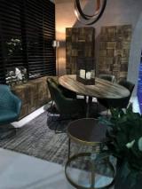 Mobilier Pentru Restaurant, Bar, Cafenea, Spital, Scoala - mese din stejar, decoratiuni interioare
