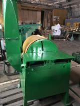 机器,五金及化工 - Sharpening Machine WemaProbst 旧 拉托维亚