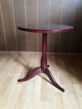 B2B 客厅家具待售 - 免费加入Fordaq - 桌子, 当代的, 1 - 1000 片 识别 – 1次