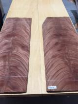Veneer And Panels Europe - Crotch (fork) Natural Veneer Spain