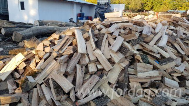 Acacia, Oak Firewood/Woodlogs Cleaved -- mm
