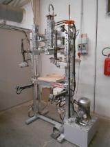 Machines, Ijzerwaren And Chemicaliën En Venta - Gebruikt Camam ST/1C/4G 2011 Kaderpers En Venta Italië