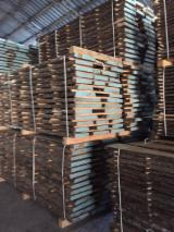 Laubholz  Blockware, Unbesäumtes Holz Ukraine - Unbesäumtes Brett aus Eiche