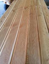 Terrassenholz - Sibirische Lärche, Rutschfester Belag (2 Seiten)