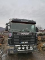 Oprema Za Šumu I Žetvu Kamion Za Prevoz Kraćih Stabala - Kamion Za Prevoz Kraćih Stabala Scania Polovna 2002 Rumunija