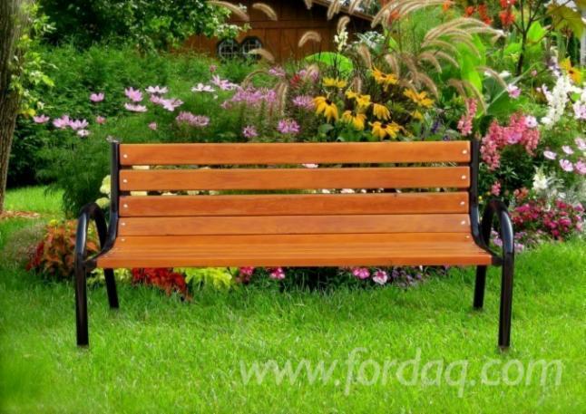 Garniture Za Vrtove, Savremeni