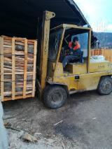 Serbia aprovizionare - Vand Lemn De Foc Despicat Fag, Carpen, Stejar