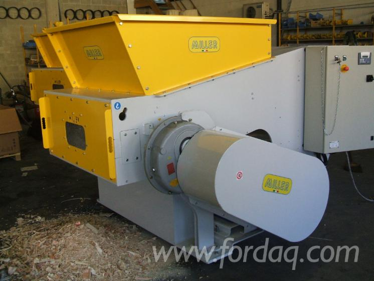 Vend-Machine-%C3%80-Faire-Des-Plaquettes-De-Bois-MILLER-SRL-TR-1300-A-Neuf