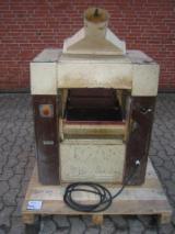 刨光设备 Polymac CP4-1 旧 奥地利