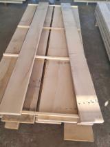Croatia Supplies - Oak Square Edged Planks 38/50 mm