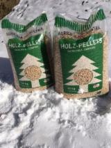 Firewood, Pellets and Residues - EN+ Pine Pellets