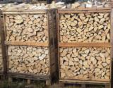 劈好的薪柴-未劈的薪柴 薪碳材/开裂原木