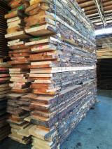 Drewno Iglaste  Drewno Okrągłe – Tarcica Blokowa – Tarcica Nieobrzynana Na Sprzedaż - Tarcica Nieobrzynana, Sosna Syberyjska
