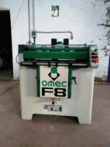 Mașini, utilaje, feronerie și produse pentru tratarea suprafețelor - Vand Maşină De Găurit Automata OMEC F8 Second Hand Spania