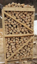 Find best timber supplies on Fordaq - LAZAROI COMPANY SRL - KD Spruce Cleaved Firewood, 25; 33; 50 cm long