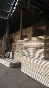 Find best timber supplies on Fordaq - KAS Trading - International LTD. - Fresh Oak Planks F 1 30 mm