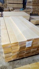 Russia - Fordaq Online market - KD Birch Planks 28 mm