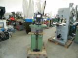 Ofertas - Vender Máquinas Para Redondeado De Madeira OMM Usada ---- Roménia