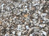 Brandhout - Resthout Houtspaanders Van De Zaagmolen - FSC Essen Wit, Beuken, Haagbeuk Houtspaanders Van De Zaagmolen