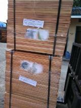 Vloeren Planken En Buitenvloeren Terrasplanken Eisen - Mahonie, Massief Houten Vloeren S4S-Lamellen