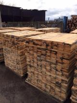 Belarus Sawn Timber - Fresh Pine Timber 22-120 mm