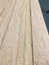 刨切单板  - Fordaq 在线 市場 - 天然单板, 尼日利亚双蕊苏木, 向下锯树节