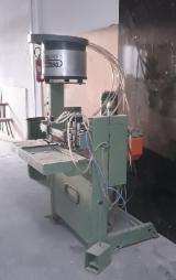 Kombinierte Bohr-u. Dübeleintreibmaschine