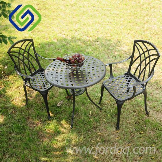 Vend-Chaises-De-Jardin-Design-Autres-Mati%C3%A8res