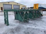 机器,五金及化工 - Stacking Station Unknown 旧 瑞典